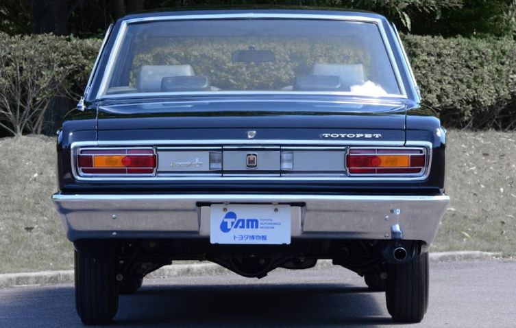 Toyota Crown 3 02