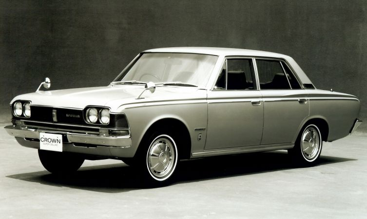 History Of The Toyota Crown Classic Toyota Norway