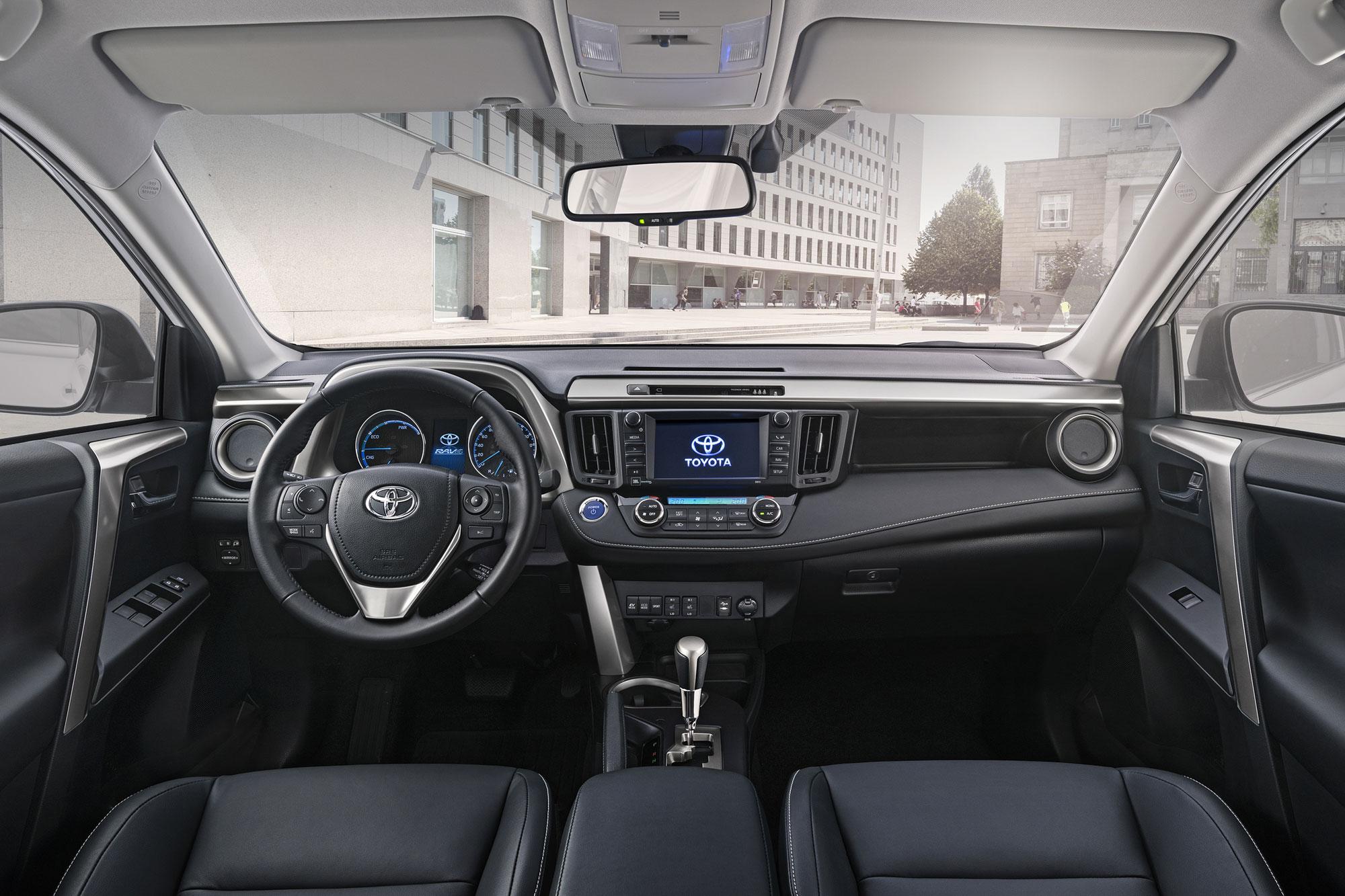 Toyota-RAV4_Hybrid-6