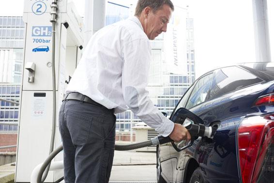 Toyota Mirai refuelling