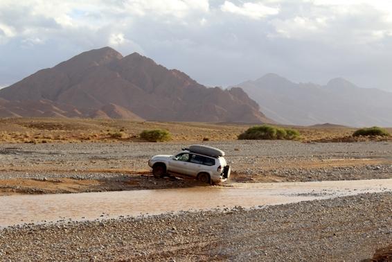 021 Wadi crossing