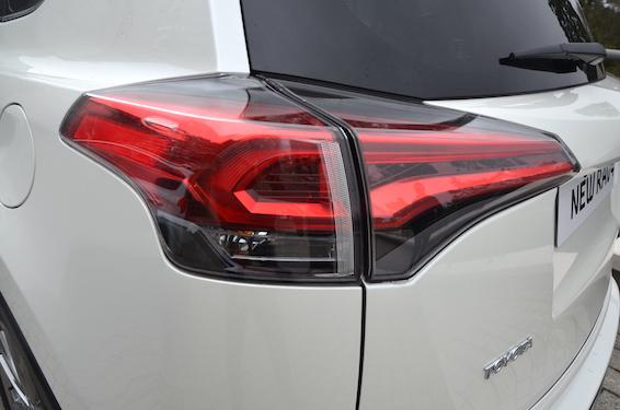 New RAV4 rear light