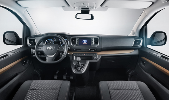 Toyota Proace Verso interor