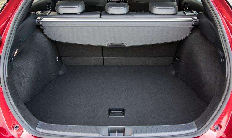 Prius driving 03