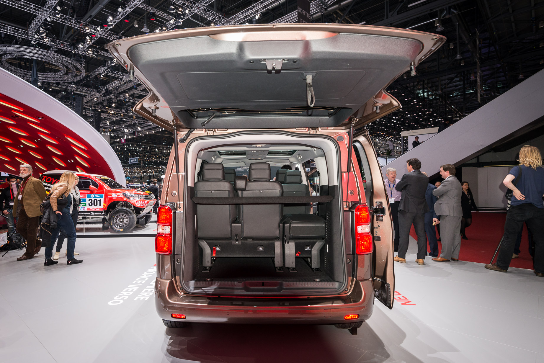 Nine Things To Know About The Nine Seat Toyota Proace Verso