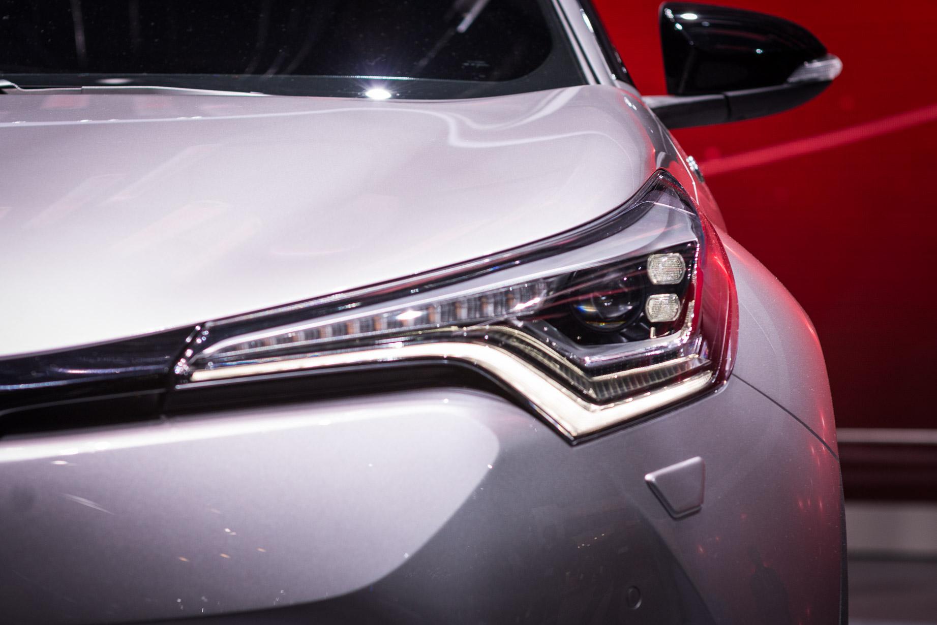 Toyota C-HR front light