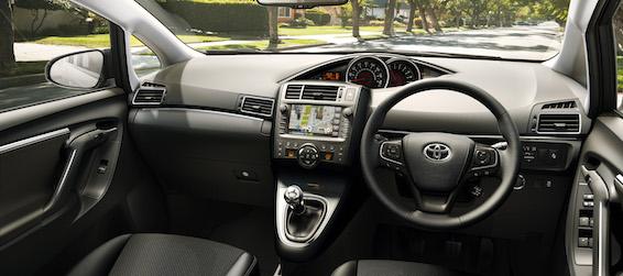 Toyota Verso 2016 interior