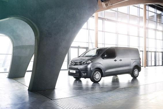 Toyota Proace Van Medium
