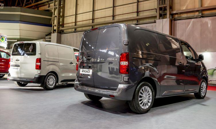 Proace Van at CVS 04