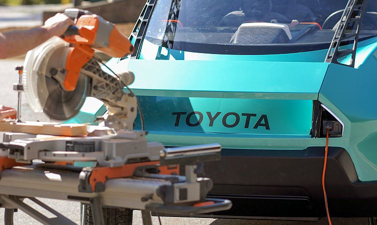 Toyota uBox 07