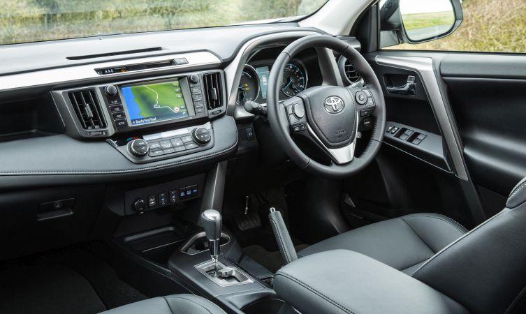 2016 RAV4 Hybrid 03
