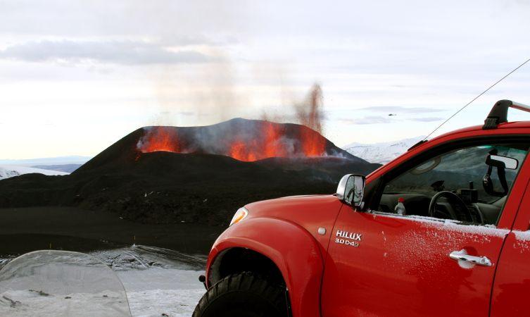Hilux volcano 01