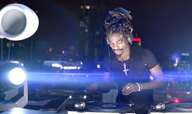 C-HR DJ