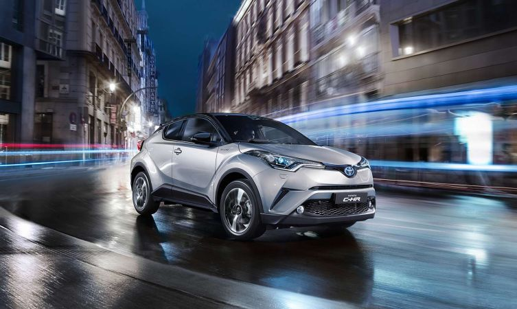 C-HR night