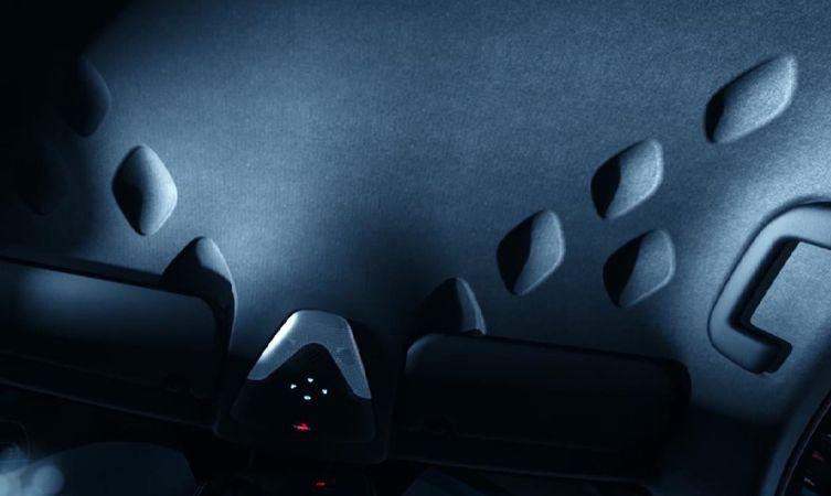 C-HR diamond interior 01