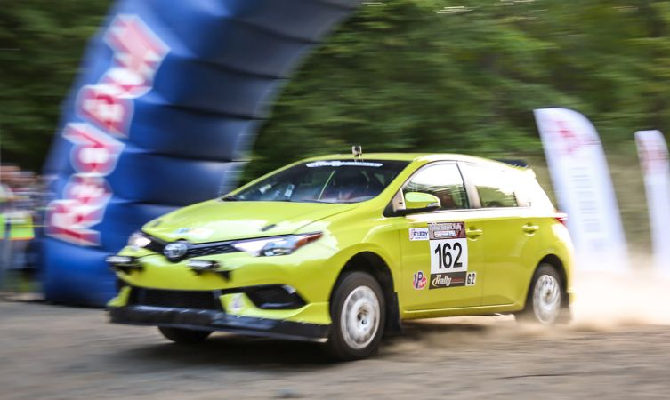 Does the Toyota Auris make a good rally car? - Toyota