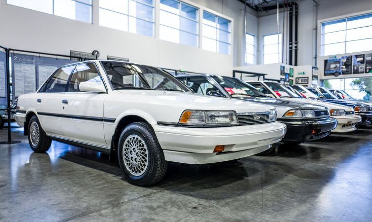1989-toyota-camry-le