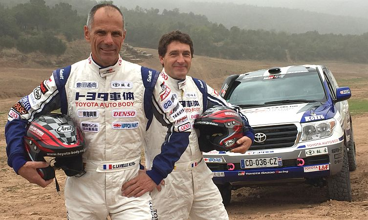 2017-dakar-rally-drivers-car-327