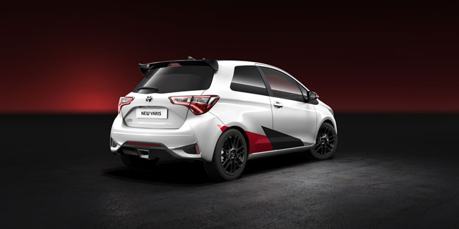 new_yaris_rear_final