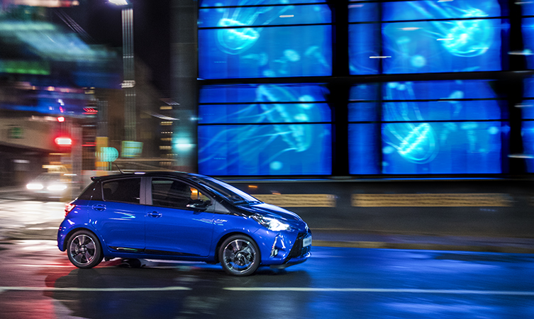 Toyota Yaris advert music