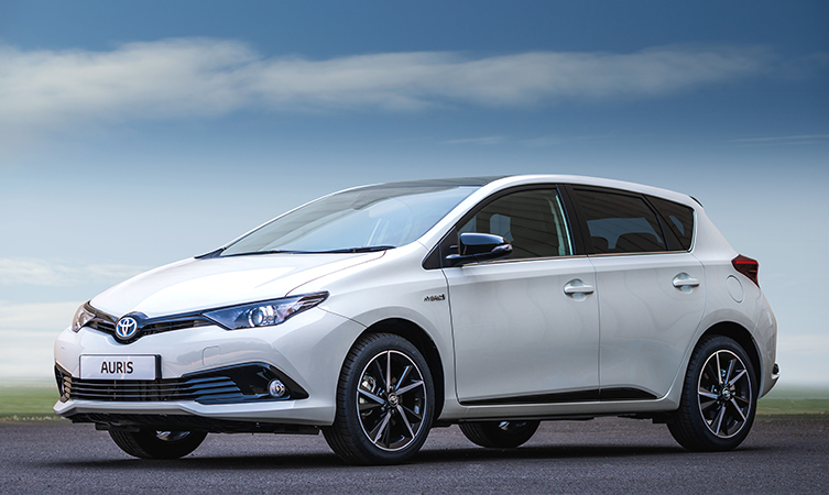 auris hybrid gb25 celebrates 25 years of building cars in britain toyota. Black Bedroom Furniture Sets. Home Design Ideas