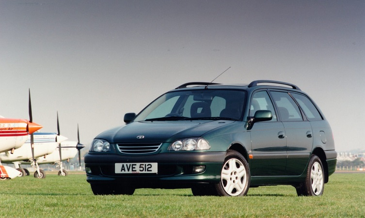 History of Avensis
