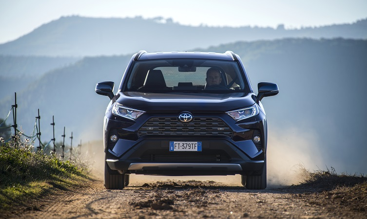 2019 Toyota Rav4 Reviews Round Up Toyota