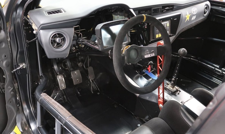 radical Toyota Auris