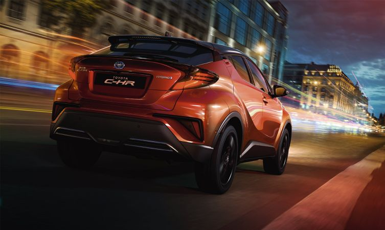 2020 Toyota C-HR driving dynamics