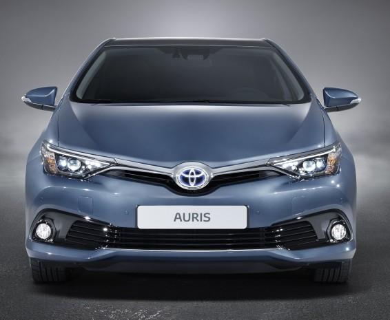 Auris 15 front end