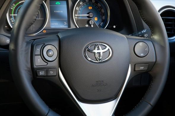 Toyota Auris Steering Wheel
