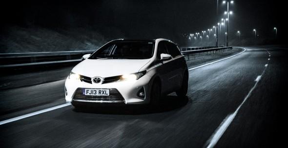 Toyota Auris lane indicators