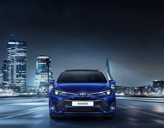 Avensis 15 front end