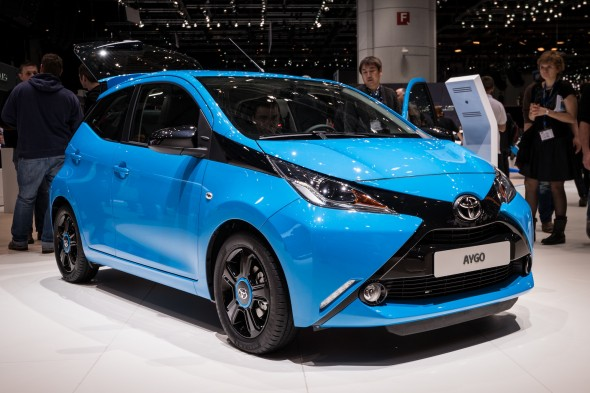 Aygo blue on stand