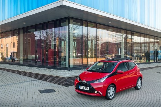 Aygo x-wave front 3q