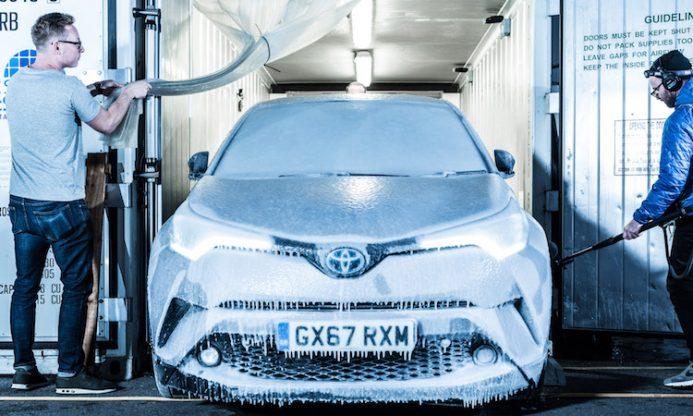 Frozen Toyota C-HR