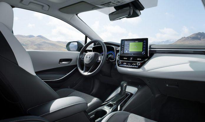 Toyota Corolla Touring Sports Interior Dashboard