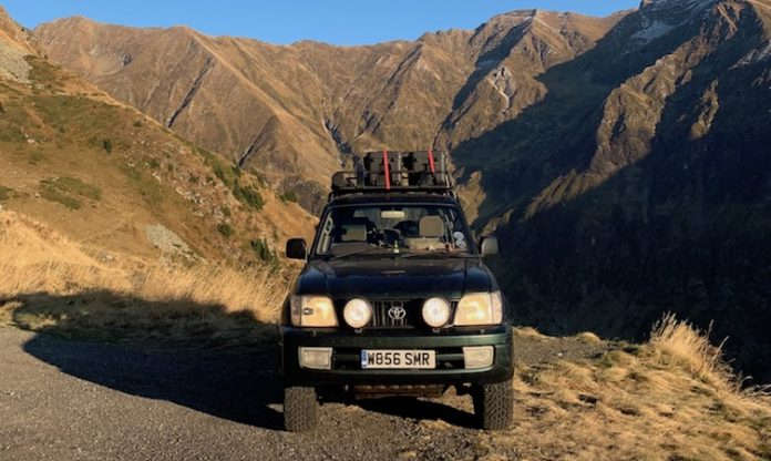 Land Cruiser road trip