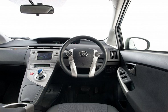 Prius Plug-in interior rhd