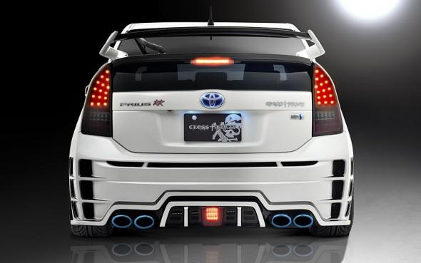 Rowen International Toyota Prius body kit