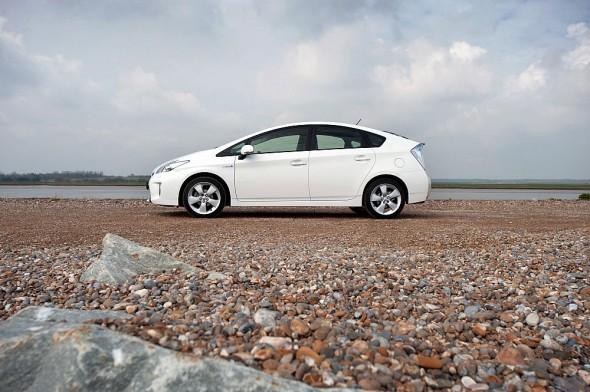 Prius white plate change beach