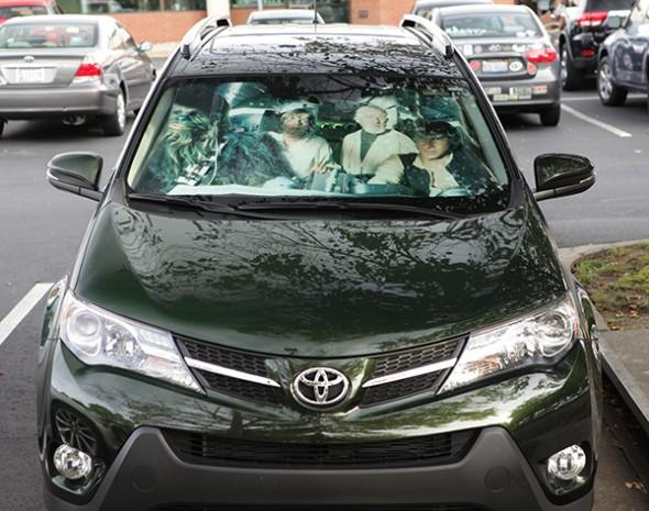 RAV4 windscreen