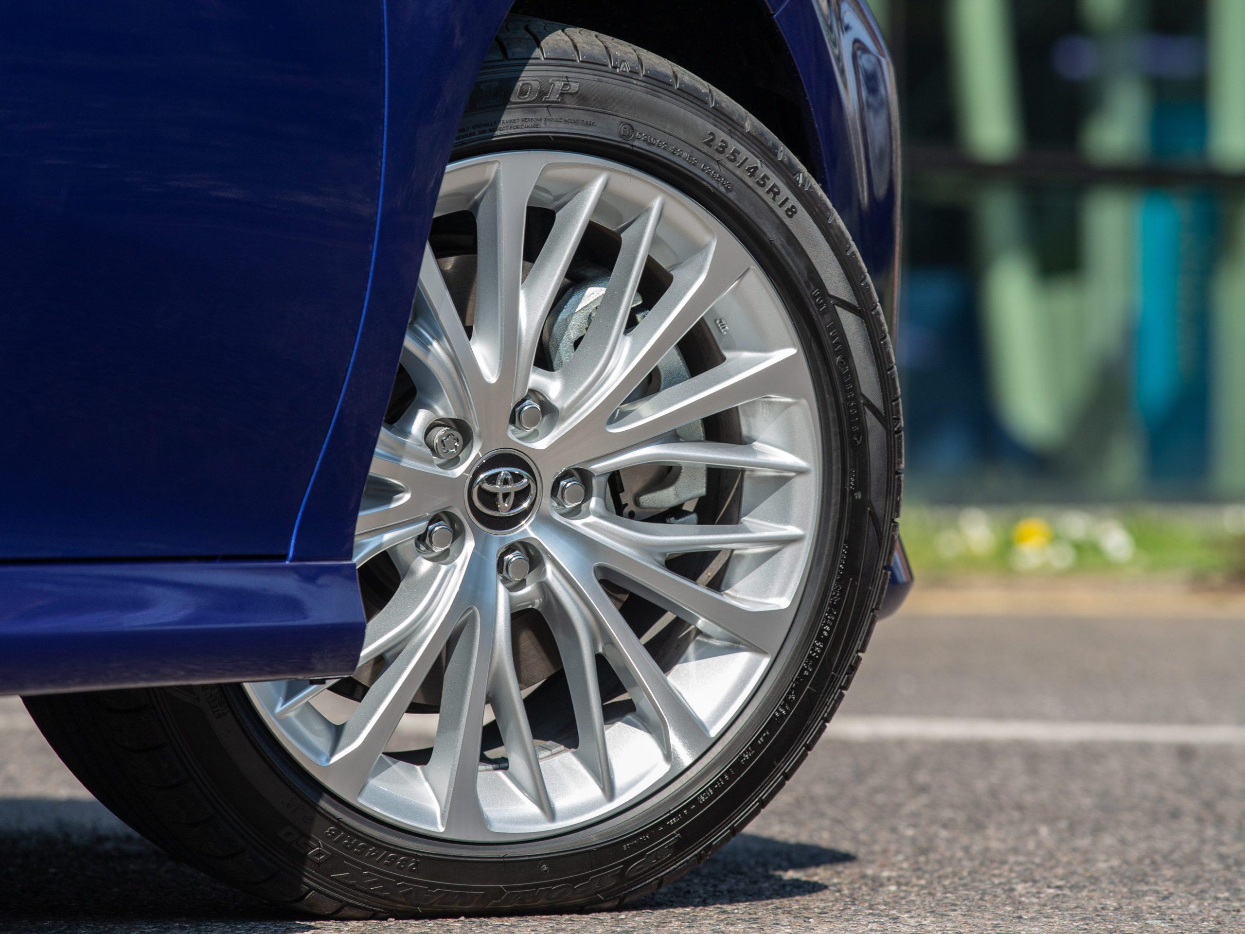 Tyre Pressure - 2019 Toyota Camry Hybrid Excel wheel