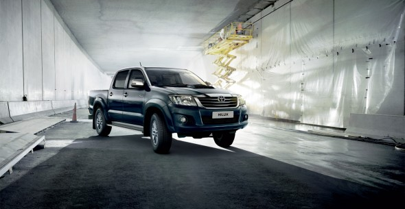 Toyota-Hilux-exterior-02