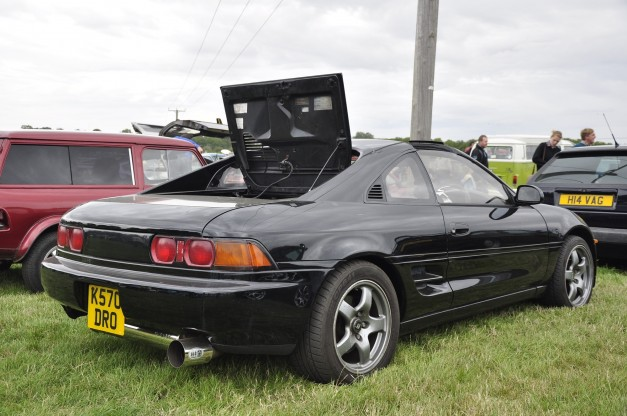 Toyota MR2 (2)