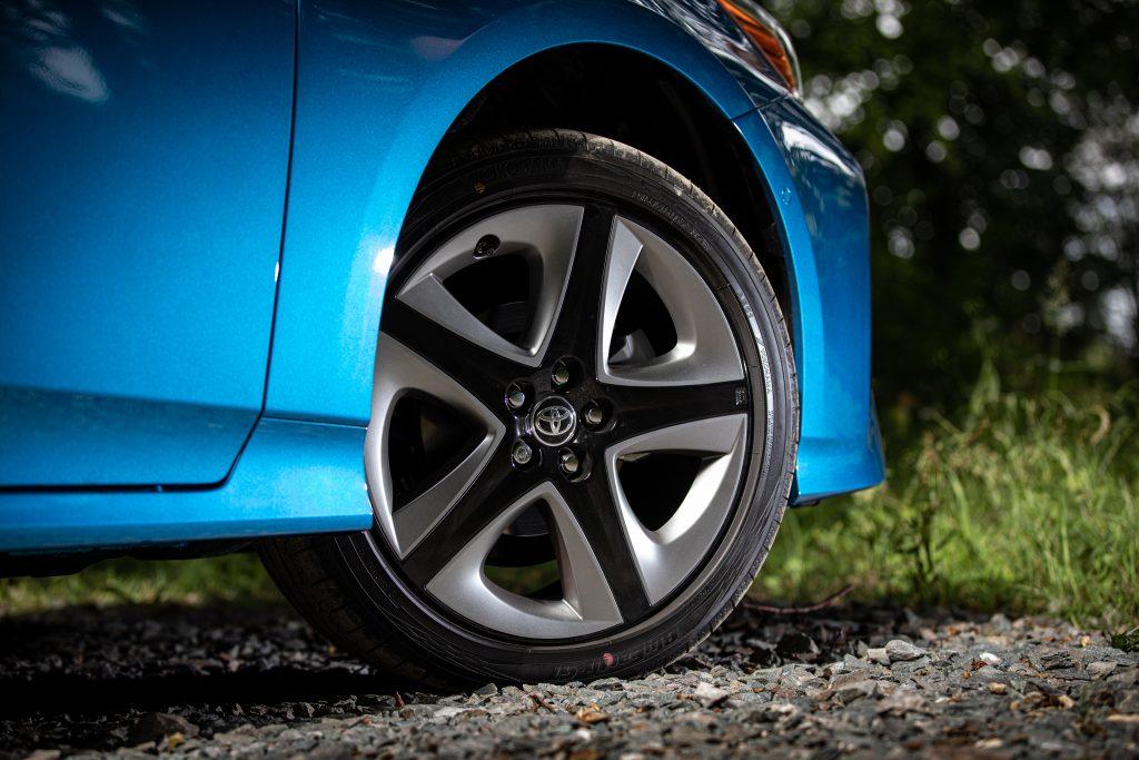 2019 Toyota Prius Hybrid AWD-i Business Edition+ Wheel