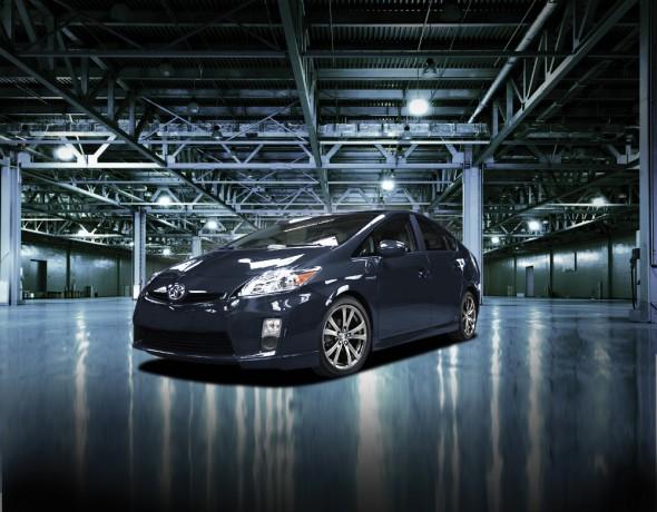 Toyota_Prius_Plus_002