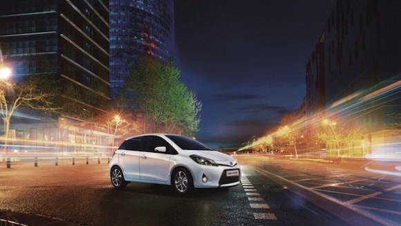 Toyota_Yaris_Hybrid__TREND_MV