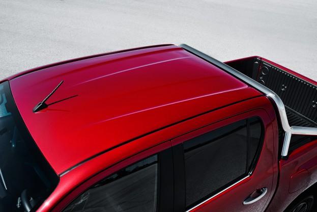 Toyota Hilux roof