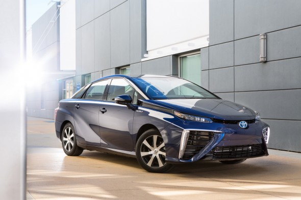 2016 Toyota Fuel Cell Vehicle Mirai